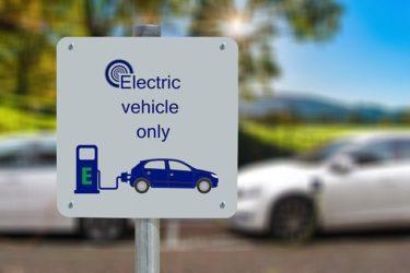 カリフォルニア州が2035年ガソリン車の新車販売を禁止・電気自動車の今後に期待